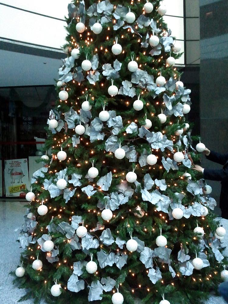 Rboles navidad color blanco b m rboles de navidad - Arboles de navidad colores ...