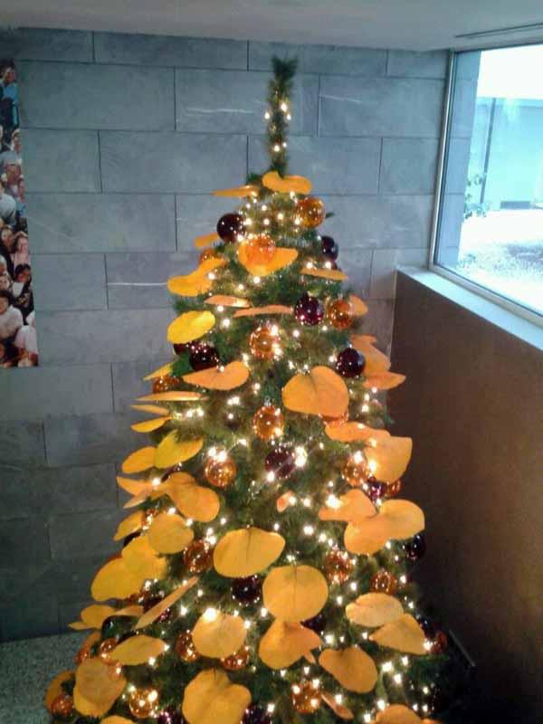 Rboles navidad color naranja b m rboles de navidad - Arbol navidad dorado ...