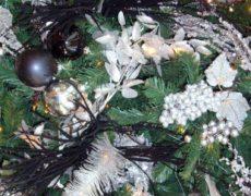 Árboles de Navidad color negro